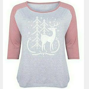 Tops - Reindeer t shirt